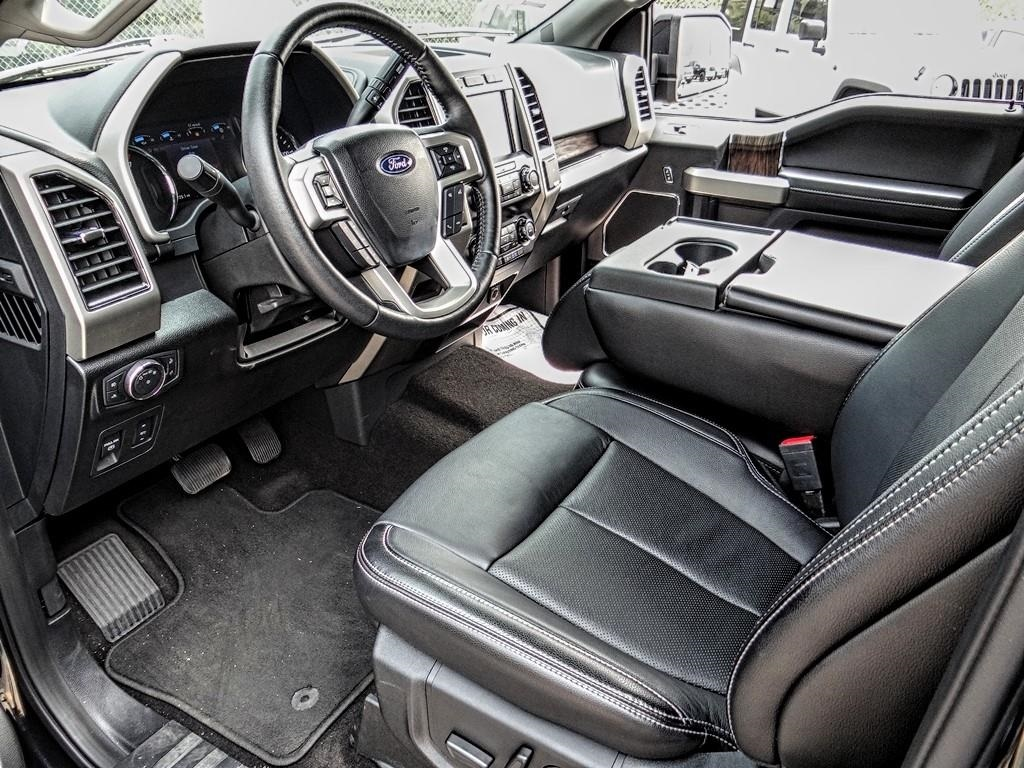Pre-Owned 2020 Ford F-150 Lariat