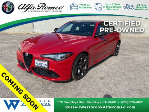 Certified Pre-Owned 2018 Alfa Romeo Giulia Base